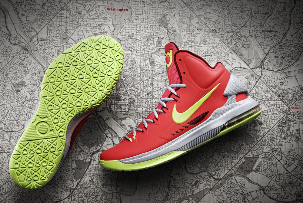 12-390_Nike_KDV_Overhead_Sole_Map_Hero-04_original-copy