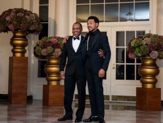 Chance the Rapper and Kenneth Bennett arrive for a State Dinner in honor of Italian Prime Minister Matteo Renzi and his wife Agnese Landini at the White House October 18, 2016 in Washington, D.C. / AFP / ZACH GIBSON        (Photo credit should read ZACH GIBSON/AFP/Getty Images)